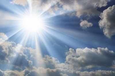 'আল্লাহ্র নূরে নবী এবং নবীর নূরে সারা জাহান সৃষ্টি হয়েছিল?