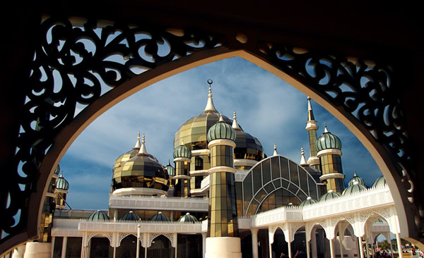 Loading... Crystal_Mosque_Malaysia.jpg