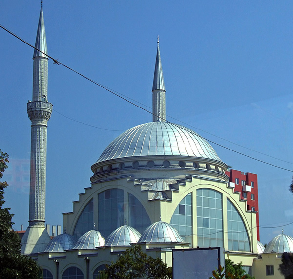 Loading... Lead_Mosque_Albania.jpg
