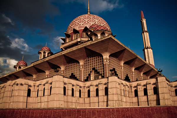 Loading... Putra_Mosque_Malaysia.jpg