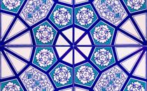 মসজিদের মেহরাব সংলগ্ন দু'পাশের দেয়ালে কা'বা এবং মসজিদে নববীর টাইলস লাগানো যাবে?